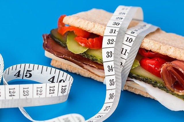 【ケトジェニックダイエット】カロリー制限は必要ない?